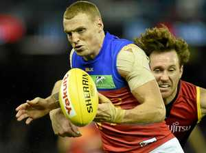 Lions lose key midfielder to broken foot