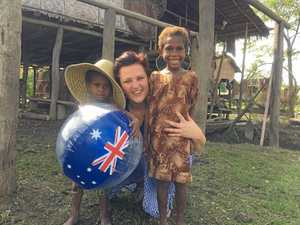 PNG visit all smiles for Yamba dental volunteers