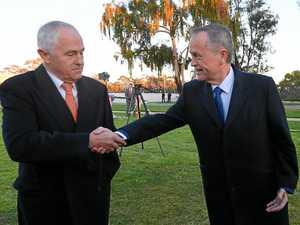 Post-budget photo of Turnbull, Shorten speaks volumes