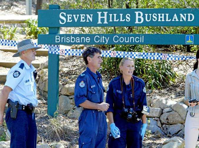 Forensic police at Seven Hills where Sean Stephen Hatten stabbed schoolteacher Louise Hendricksen 13 times in 2003.