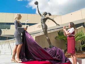 Laura Geitz immortalised in bronze at BEC
