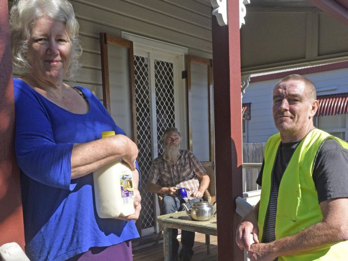 Helen and Tom Badger recently started getting their milk home delivered from Big River Milk deliver driver Jason Reddy.Photo Bill North / Daily Examiner