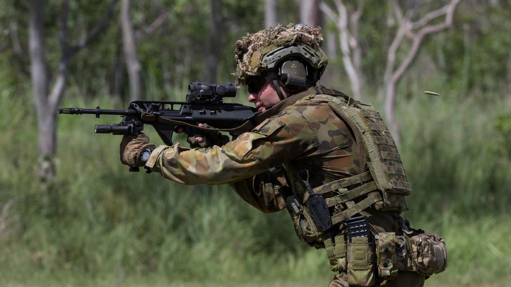 Australian Army officer Lieutenant Andrew Davis from 3rd Battalion, Royal Australian Regiment, takes aim on the combat marksmanship range at Mount Stuart military training area on March 7, 2017.