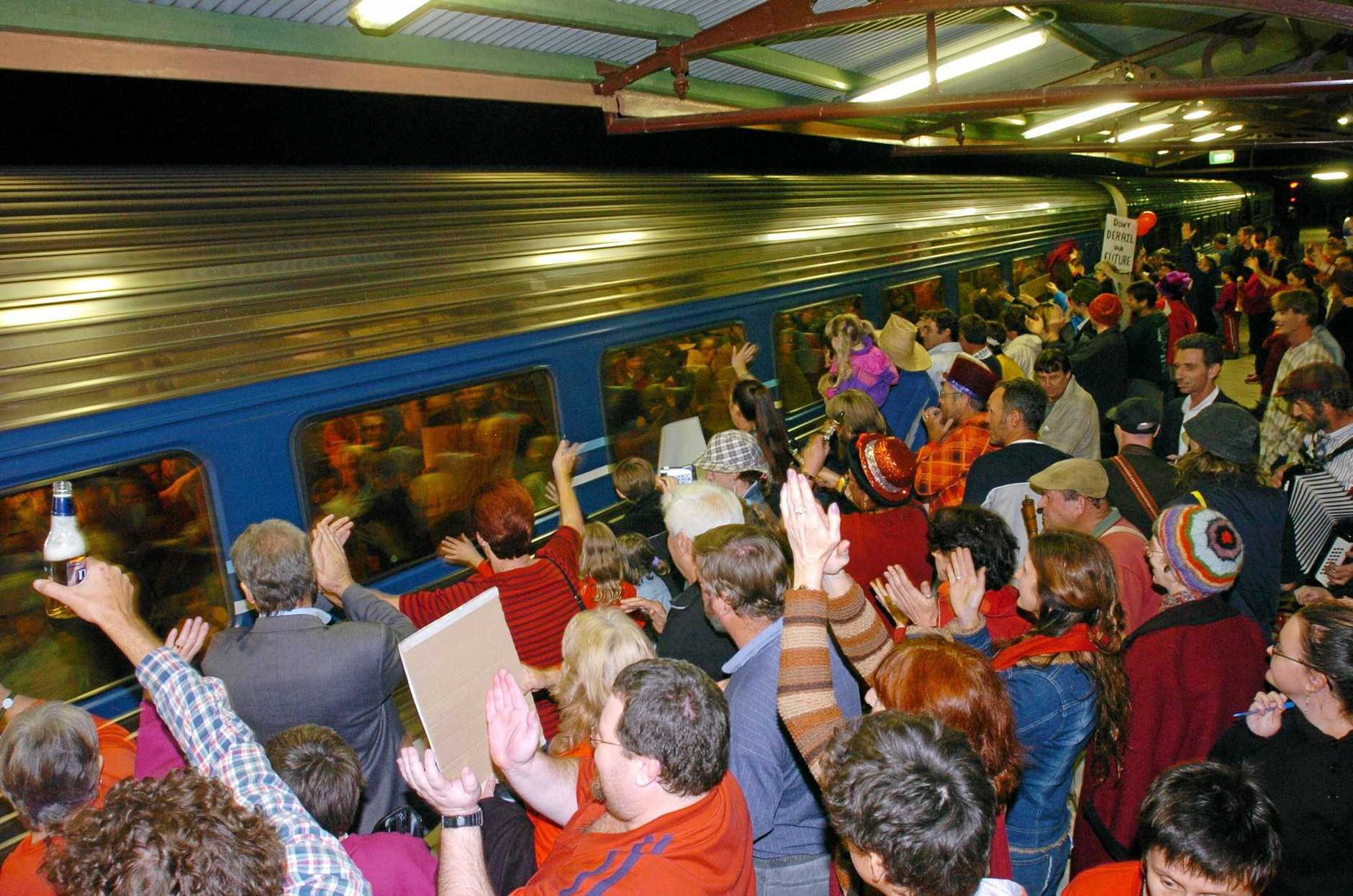 The last train to use the Lismore Railway station in 2004.Photo The Northern Star Archives