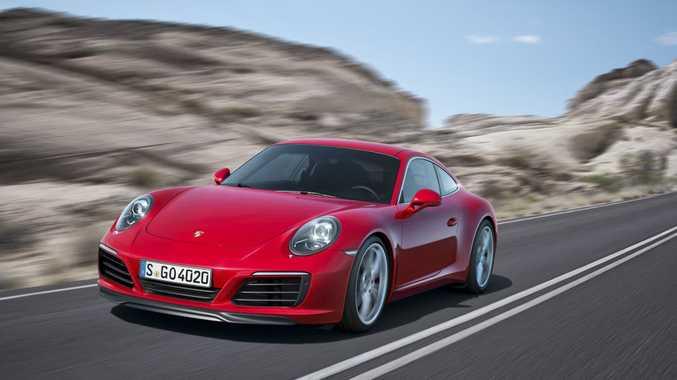 2017 Porsche 911 Carrera.