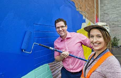 First coat launch, Cr Geoff McDonald with artist Claire Foxton.  Thursday, 18th May, 2017.