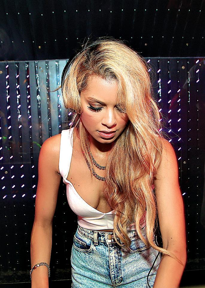 Tom Delaney photographs Australian DJ Havana Brown. ONE TIME USE ONLY WITH WEEKEND STORY ON TOM DELANEY