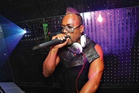Tom Delaney photographs Allan Pineda Lindo, stage name apl.de.a, of The Black Eyed Peas.
