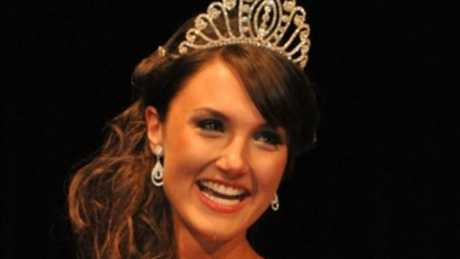 Jenni Mortimer was once told she should cut off her head if she wanted to win a pageant.