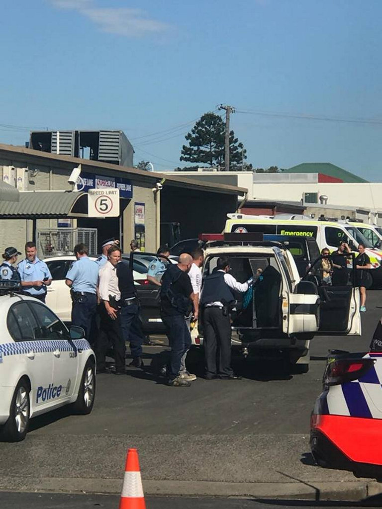 A man has been arrested following an alleged hostage situation at Casino's Hotel Cecil this afternoon.