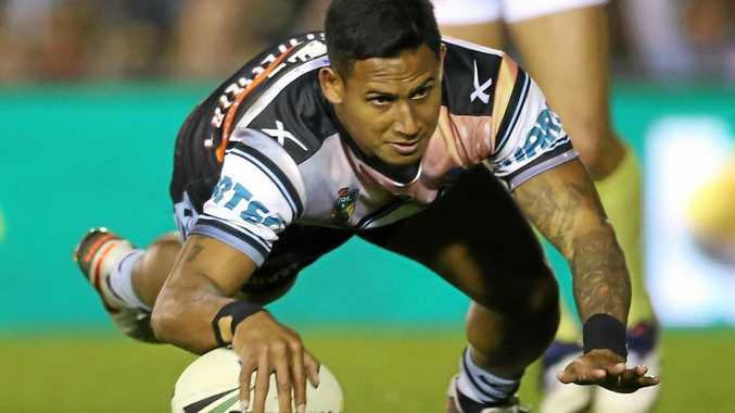 Ben Barba playing for the Sharks in 2016.