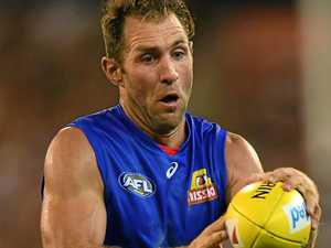 Travis Cloke can still be in Dogs' best 22, says coach