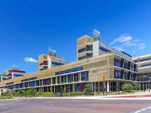 Sunshine Coast University Hospital, Architectus Brisbane and HDR Rice Daubney as Sunshine Coast Architects, Birtinya.