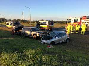 Two-vehicle smash at Kepnock, one woman taken to hospital