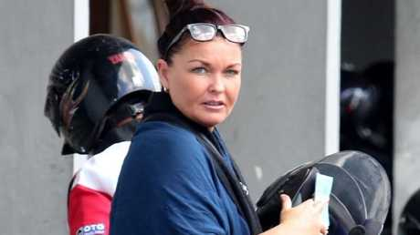 More than 100 police officers will be involved in Schapelle Corby's deportation.