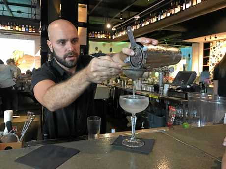 QT Gold Coast's Stingray Lounge hosts mixology lessons.