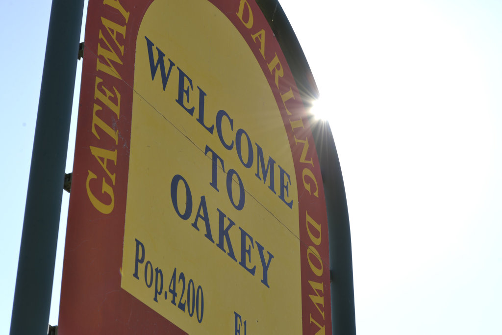 Welcome to Oakey sign on the road into Oakey from Toowoomba.