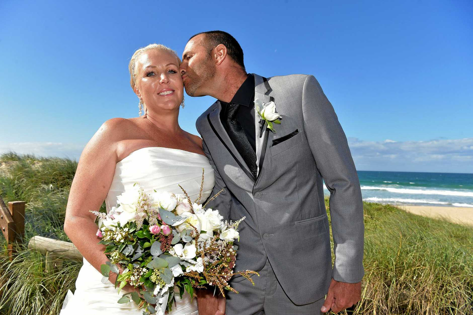 Donna Penny and her husband, Jason renew their wedding vows thanks to 'My Wedding Wish'