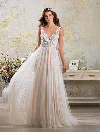 Romantic dress by Alfred Angelo.