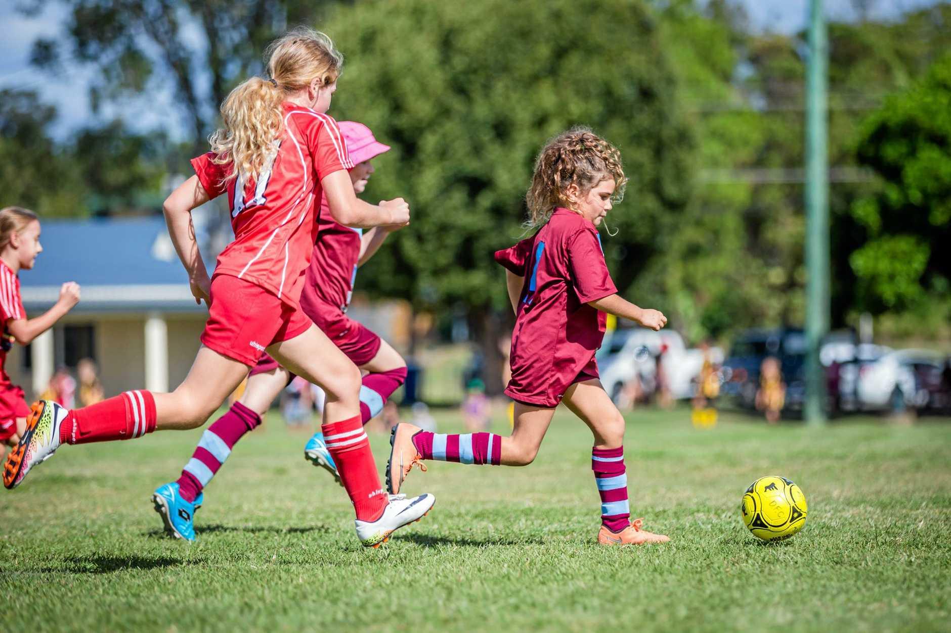 Soccer - Moondarra Mason Diggers Maroon U/11 Junior Girls