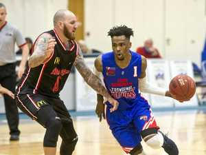 WATCH: Meteors starting to feel more confident on home court