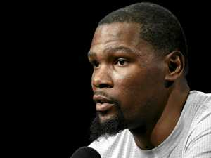 Durant not fussed by Cleveland's in-your-face defence