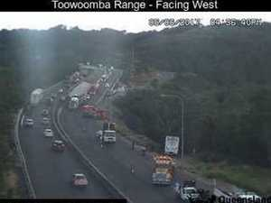 Heavy vehicle rescue under way on Toowoomba Range