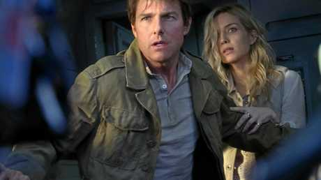 Tom Cruise and Annabelle Wallis in a scene from the movie The Mummy.