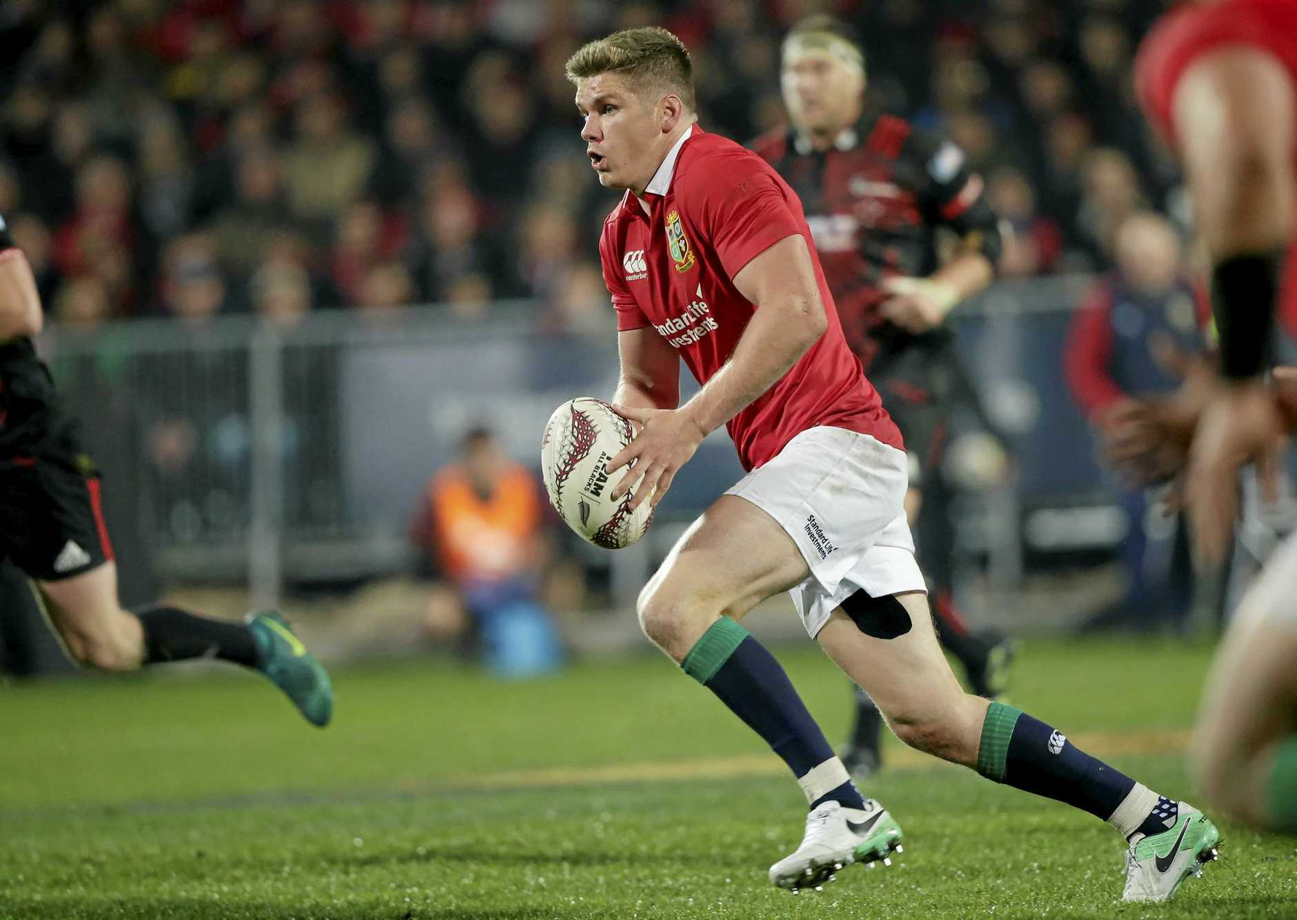 British and Irish Lions flyhalf Owen Farrell runs with the ball during their match against the Canterbury Crusaders in Christchurch, New Zealand, Saturday, June 10, 2017. (AP Photo/Mark Baker)
