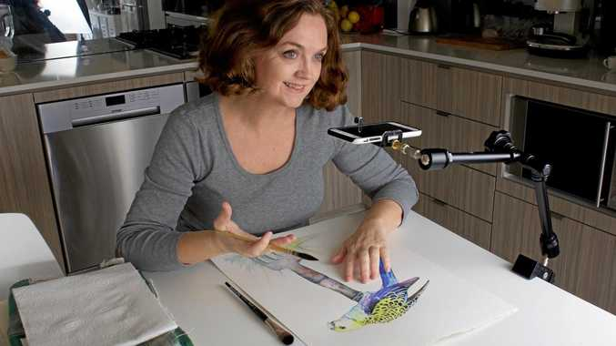 Talented artist Louise De Masi posts tutorial videos to Outback Creative Live.