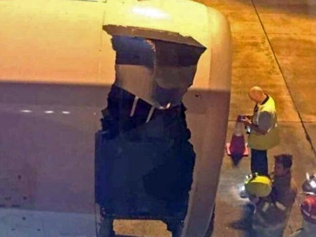 "Air Traffic Controllers warned other aircraft landing in Sydney of the ""engine loss""."