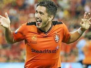 Dimitri Petratos finally arrives at Jets