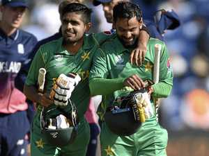Pakistan stuns England to reach Champions Trophy final