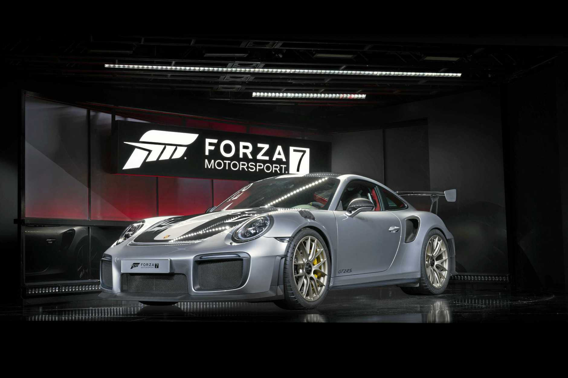 Forza Motorsport 7 2018 Porsche 911 GT2 RS Left