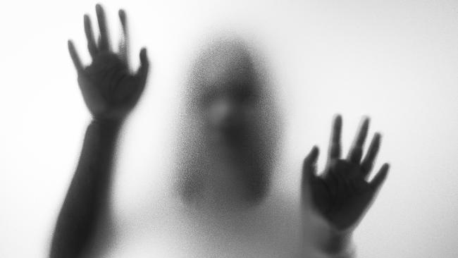Couple offering au pair $84,000 to work in haunted house.