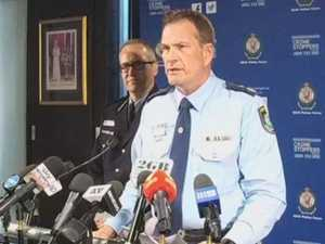 NSW police on airport arrest