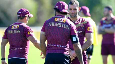 Cameron Smith and Johnathan Thurston chat during a Maroons training session.