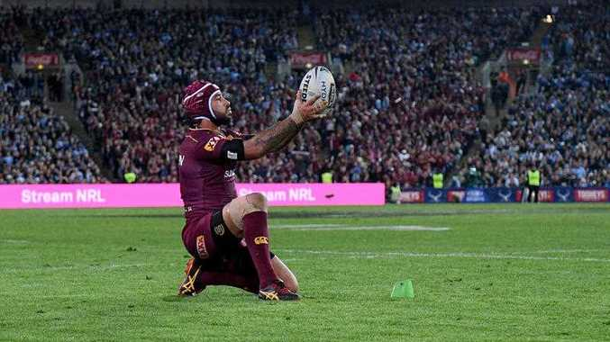 Johnathan Thurston of the Maroons prepares to kick the match winning conversion during State of Origin Game II between the NSW Blues and Queensland Maroons, at ANZ Stadium in Sydney on Wednesday, June 21, 2017.