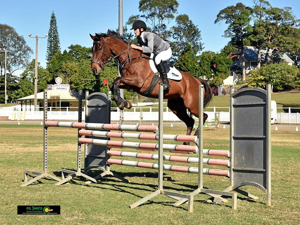 Sarah Laxton is sponsored to compete by Horseland Rockhampton.