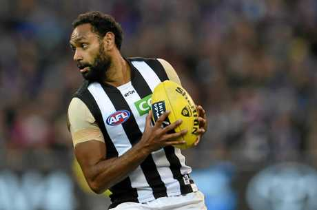 Travis Varcoe of the Magpies.