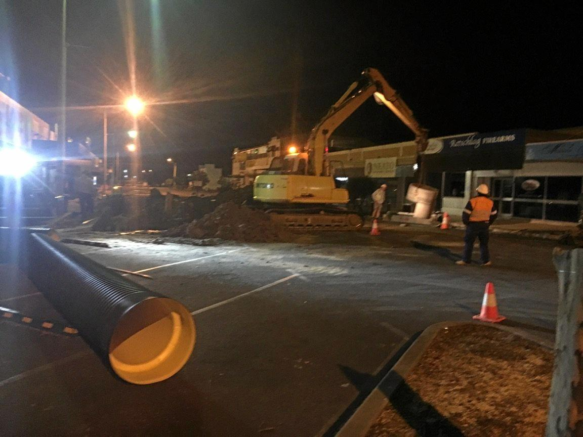 SHOCKING: The scene outside the Commercial Hotel in Biloela where an engineering contractor was bashed unconscious on Tuesday night. INSET: John Ole Keko.