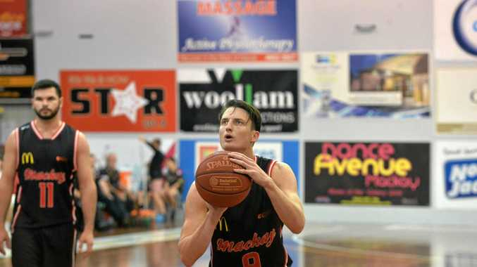 Meteors' Shaun Bruce takes a deep breath before shooting a much needed basket.