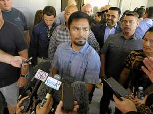 Church visit for Manny ahead of Horn battle