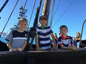 Photo Gallery Notorious pirate ship visits Mackay 26-06-2017 20.02