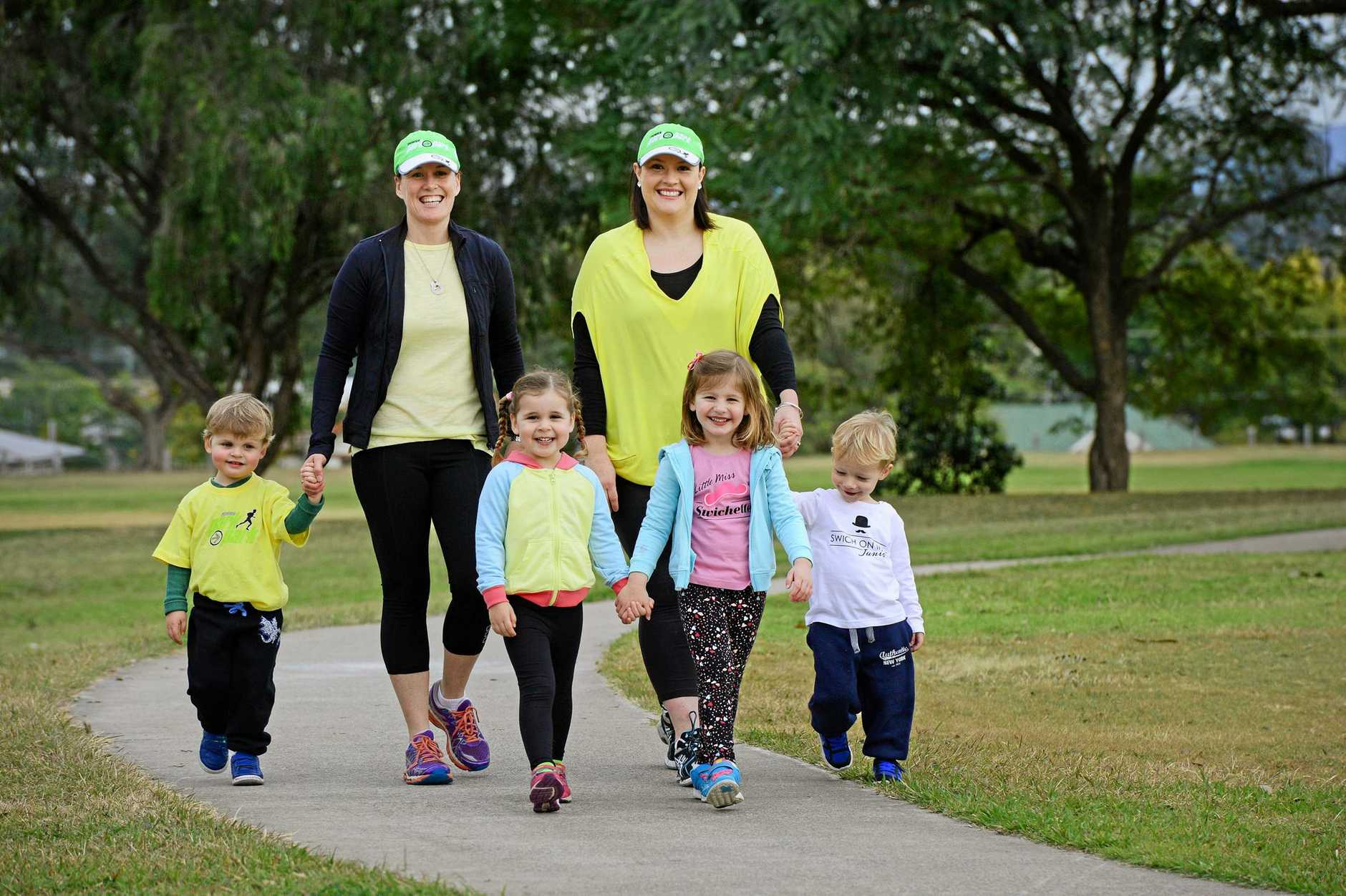 Members of the 'Swtichsweats' Park 2 Park team Anne-Maree Savige (left) and Karlie Bulow with children from left, Tommy Savige (2), Isabel Savige (4), Georgia Bulow (4) and Darcy Bulow (2). Photo: David Nielsen / The Queensland Times