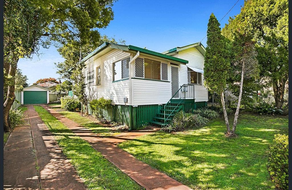 15 Boland St North Toowoomba