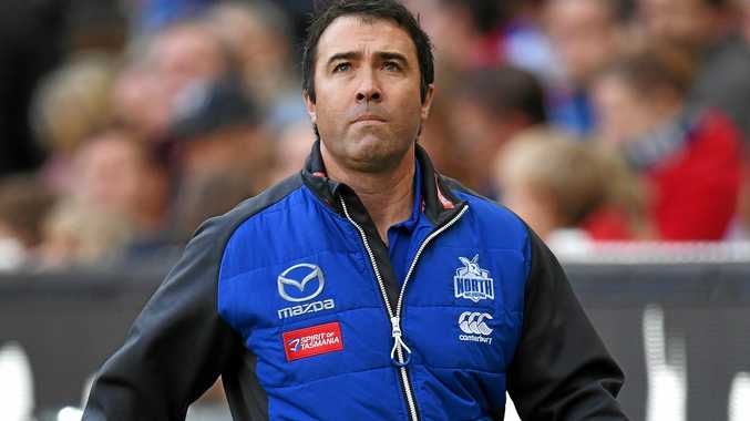 North Melbourne coach Brad Scott has received the backing of the club despite a poor start to the season.