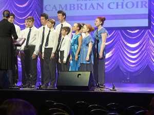 Singing the praises of US youth choir