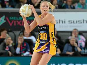 Langman stays with Lightning despite NZ career threat