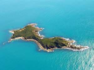 Exclusive CQ 'party island' for sale at bargain price
